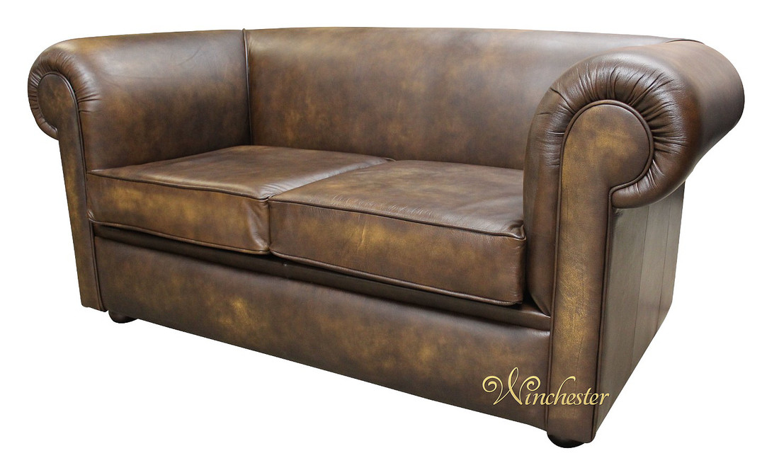 gold chesterfield sofa 26 best chesterfield sofas images. Black Bedroom Furniture Sets. Home Design Ideas