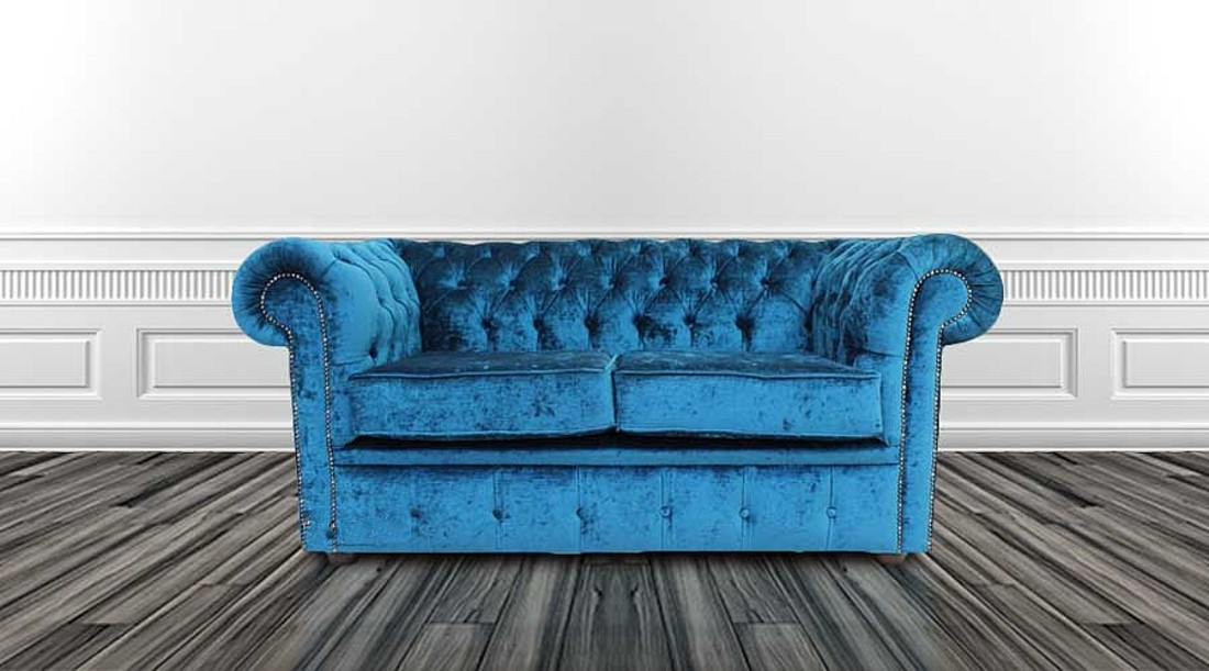 58c610dbe1ee Chesterfield 2 Seater Settee Pastiche Petrol Blue Velvet Sofa Offer