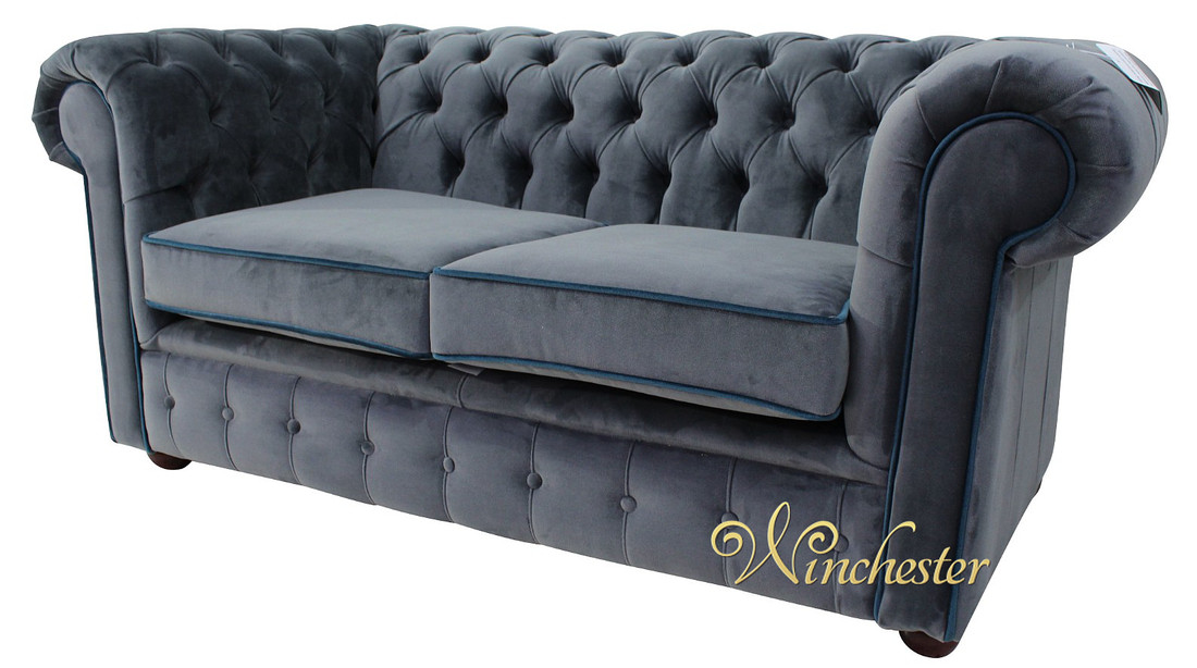 velvet chesterfield sofas best blue velvet sofas blog. Black Bedroom Furniture Sets. Home Design Ideas