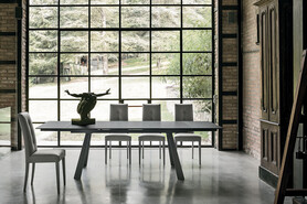 PONENTE 180 cm Extendable Table With Graphite Painted Metal Structure Top And Extensions In Graphite Stoneware Top