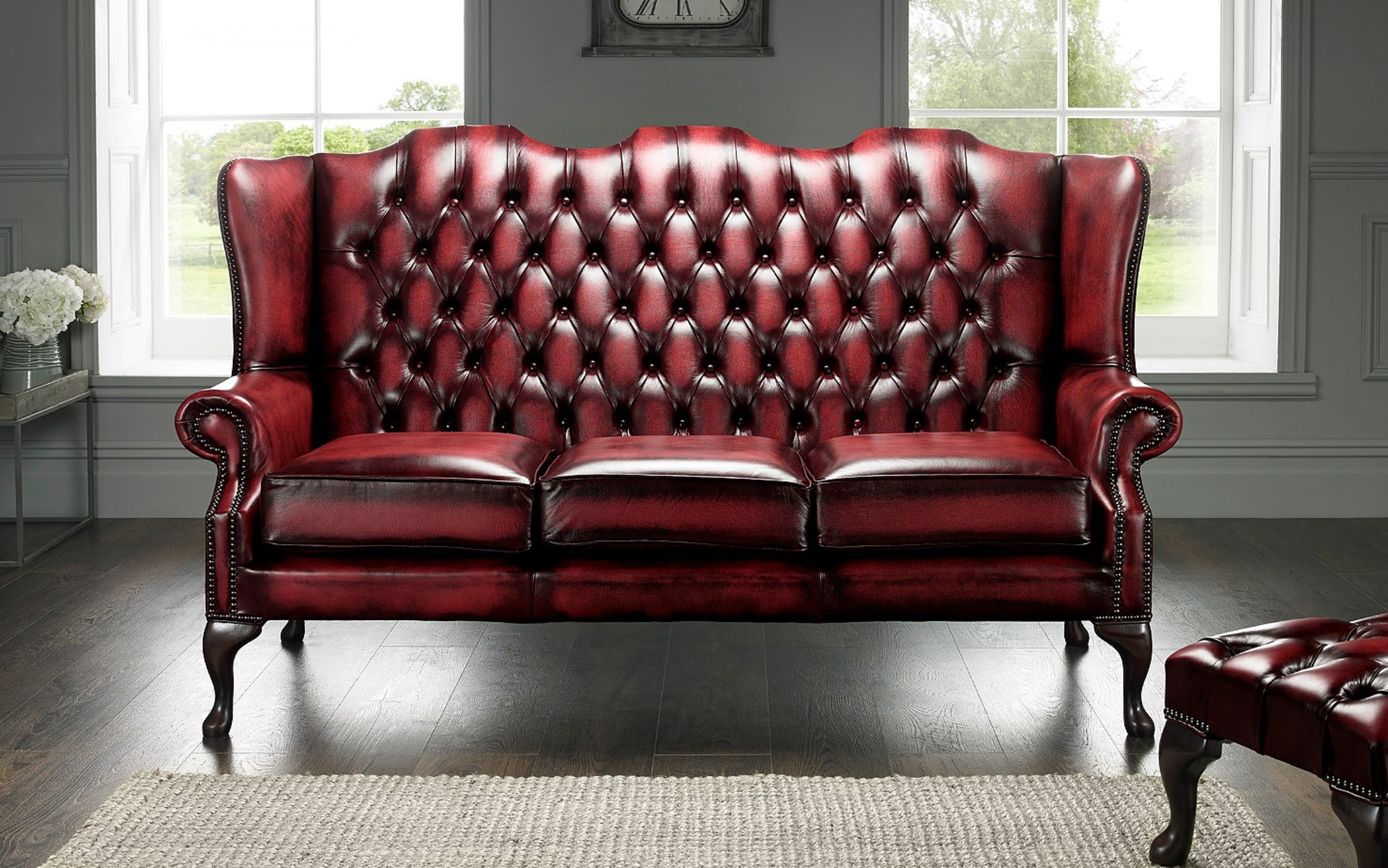 oxblood red chesterfield 3 seater high back chair designersofas4u rh winchesterleather com Burgundy Chesterfield Sofa Antique Chesterfield Sofa