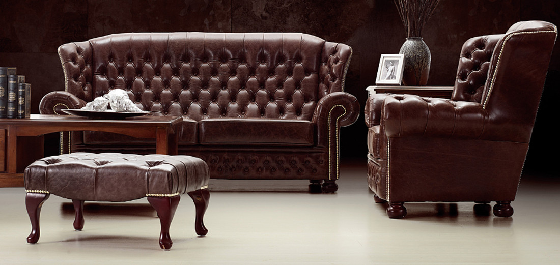 Where can i find a traditional leather sofa for Traditional leather sofas furniture